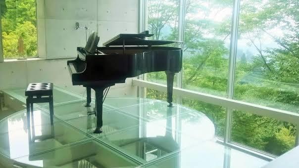 現役ピアノ講師がピアノ曲の作成承ります BGMや癒しのバラード等、万人ウケする曲を即日丁寧に作ります