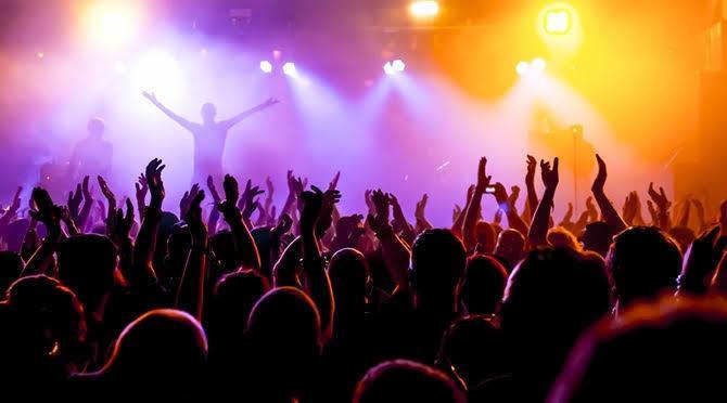 ライブで神席になる方法教えます ファンクラブ歴10年の私が神席の秘訣をこっそり教えちゃいます
