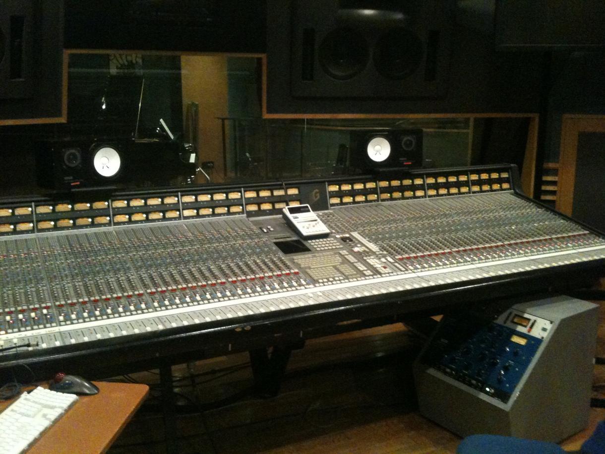 プロクオリティMix&Masteringします 上手くMix出来ない方やCDのような音圧に出来ない方へ