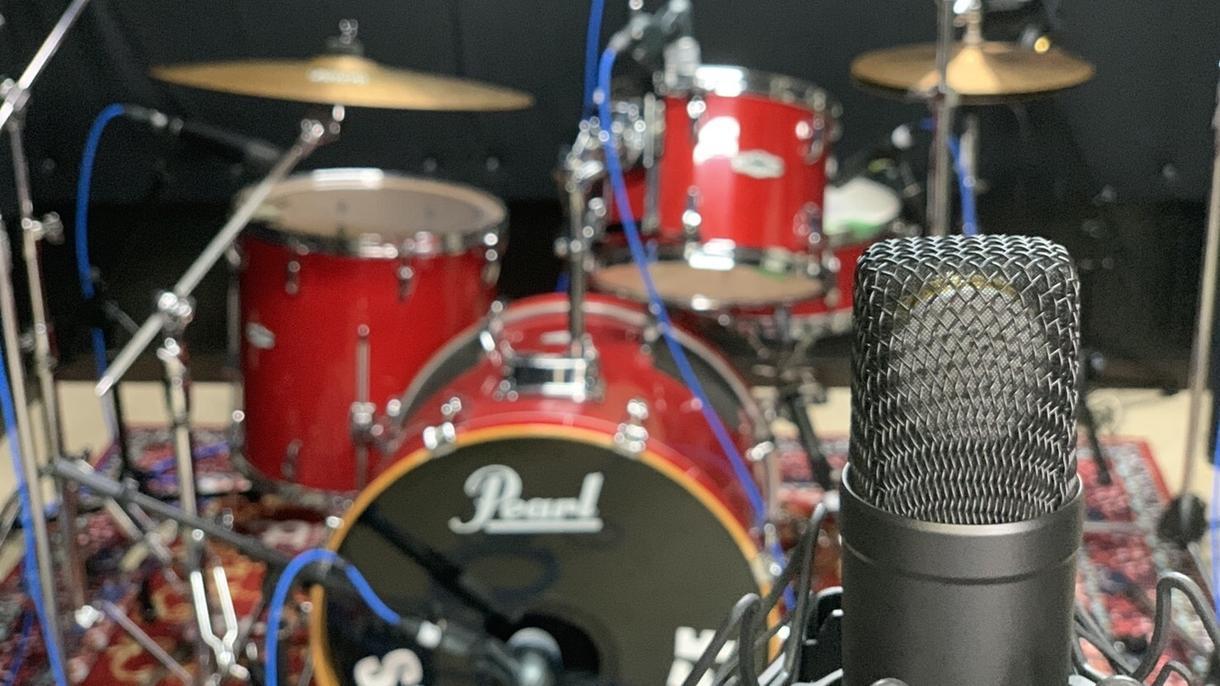楽曲にドラムをつけます POPS、歌もの、ROCKの楽曲は特にお任せください イメージ1