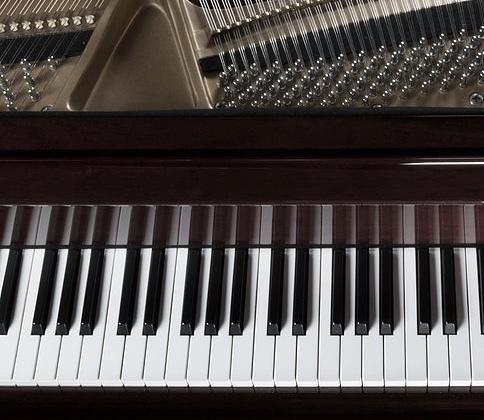 ピアノ伴奏、ピアノソロ演奏の音源をご提供します カラオケ用、個人練習用、お手本演奏等に♪(スマホで録音)