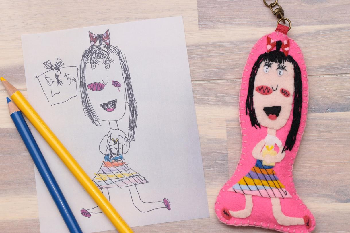 フェルトでイラストやお子様の描いた絵を形にします 可愛い物を全てフェルトで作りたい!と日々制作をしています。