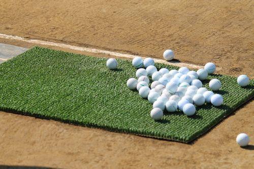 あなたのゴルフスコア100を切るまでレッスンします 運動に自信のない方でもゴルフで100は切ることができます。 イメージ1