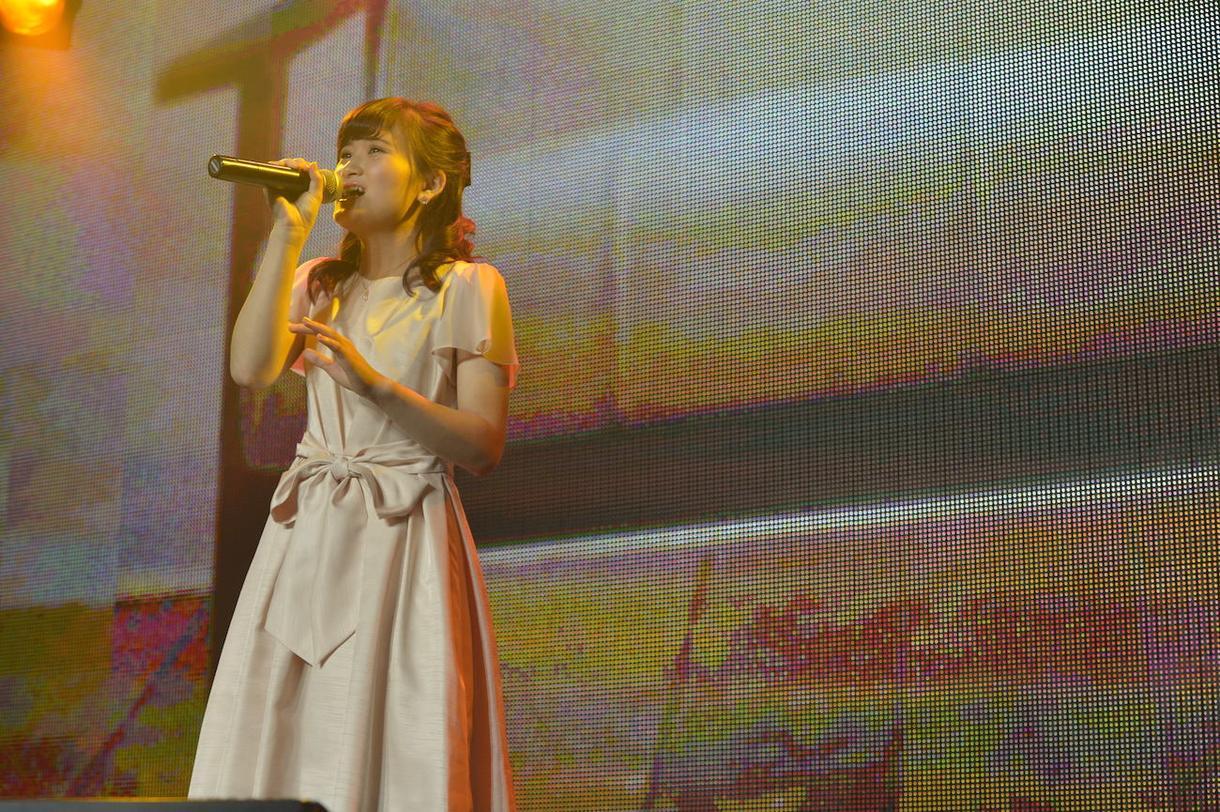 仮歌(女声ボーカル)歌います チャンネル登録者9000人の歌チャンネルユーチューバーです!