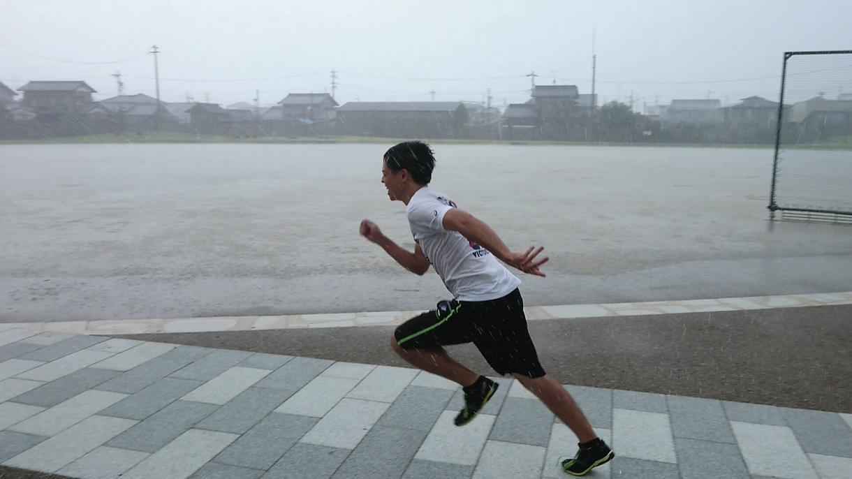 100m走で後半の失速を抑える方法を教えます 全国大会経験者があなたのレース後半の走りをアドバイスします