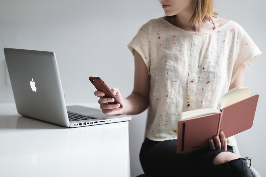 ホームページをスマホ対応に変身します あなたのサイトがスマホで見られるようになります!