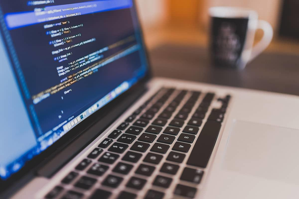 ウェブページのコーディング作業を承ります SEO対策を意識した HTML / CSS のコーディング
