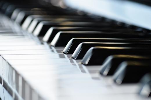 現役ピアノ講師が演奏を聞いて、アドバイス致します より良い演奏をしたい♪という方の実りある練習を応援します