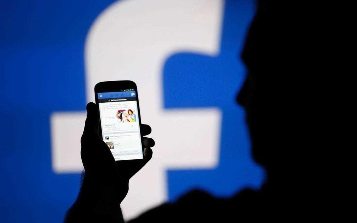 Facebookの仕組みを丸々2時間で教えます 半日でFacebookの仕組みをマスターしたい方へ