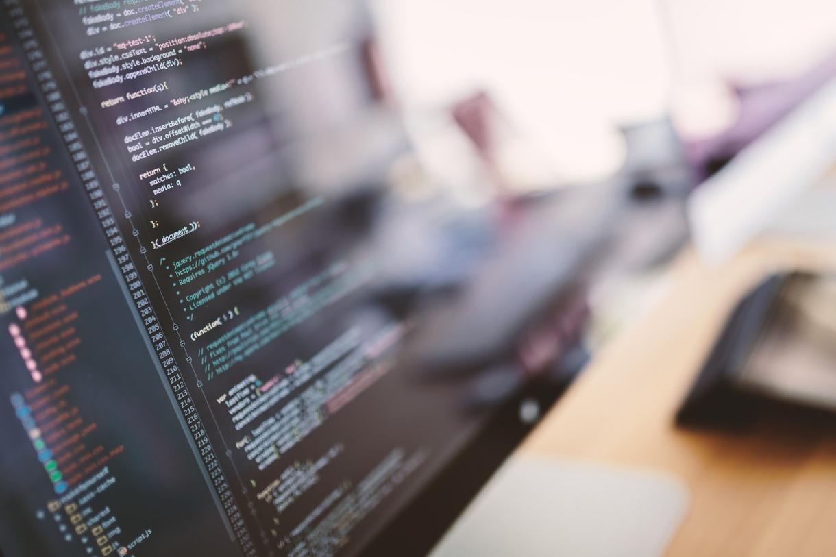プロのWeb制作チームがホームページを作成します 有名サイトも手がけるエンジニアが格安ホームページを制作!