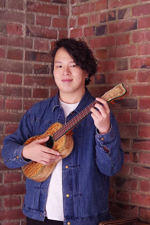 プロのウクレレ奏者がオンラインレッスン致します 日本中どこにいてもプロのウクレレレッスンが受けられます! イメージ1