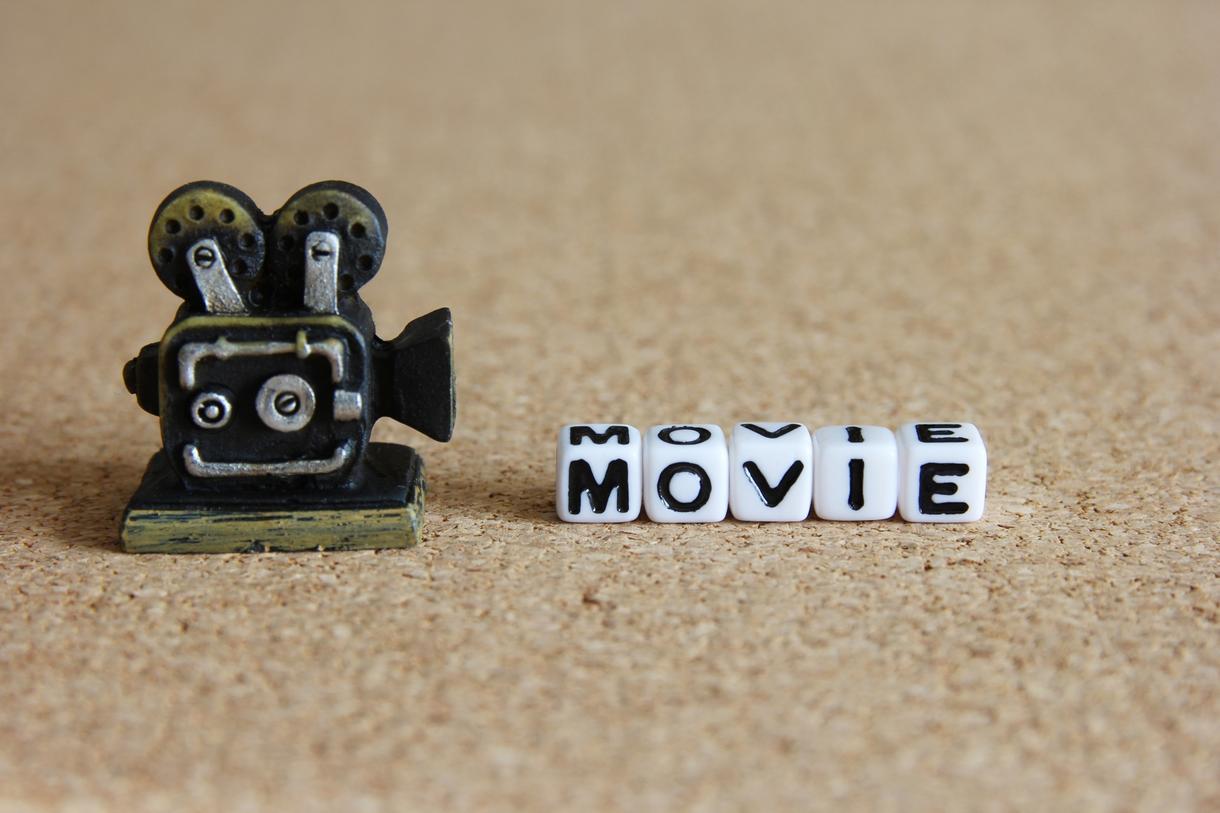 お手持ちの画像(写真・イラスト)や動画をアレンジし、動画を制作いたします。