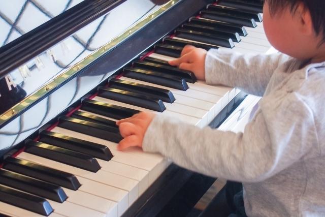 小さなお子様のピアノの始め方を教えます パパママが先生になって、お子様にピアノを教えてみませんか?