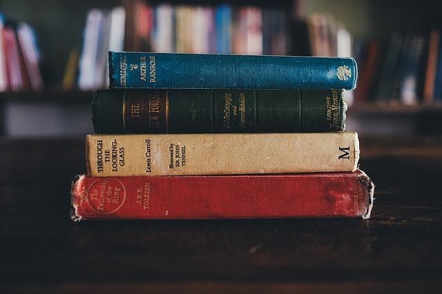 年700冊の読書家がおすすめの本3冊を教えます あなたの話を聞いて、あなたにピッタリの本を3冊紹介します