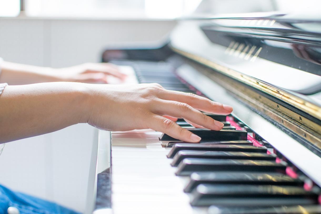 脱力【ピアノ】の方法をアドバイスします 手をラク~にして、いい音を出すための体操をしませんか♪ イメージ1