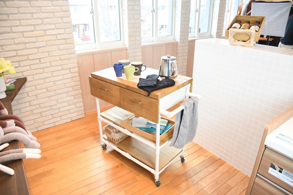 ご要望のDIY家具の作成を致します イレクターパイプを使ったDIY家具をご要望の形状で作成。
