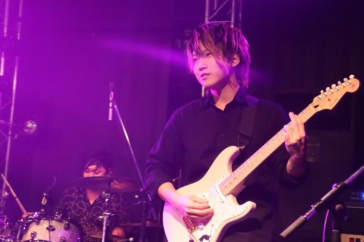 初心者〜中級者ギターレッスンいたします 難しいことはいいから知りたいことだけ教えてほしいあなたへ!