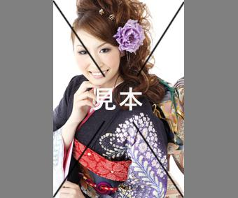 お見合い写真を撮影します 大阪の写真スタジオで写りの良いお見合い写真をお作り致します