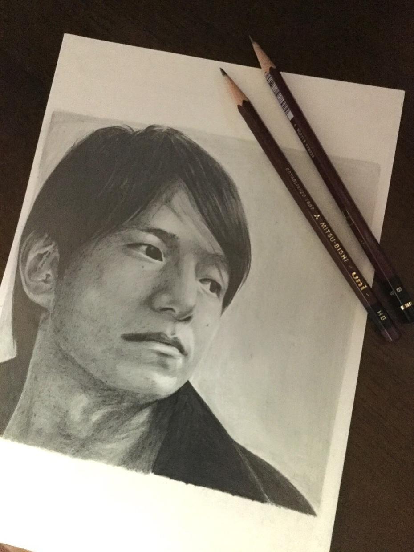 鉛筆で似顔絵描きます お友達や家族に少し変わったプレゼント
