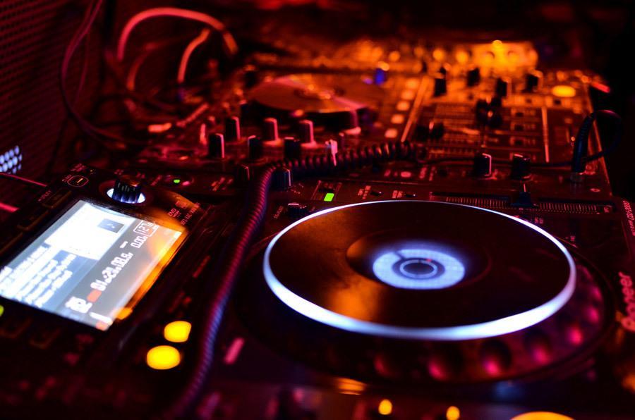 音楽における効果音やSE制作します シンセ系の効果音はお任せください! イメージ1