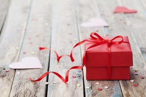 サプライズ動画やメッセージ動画を作ります 友達の誕生日や結婚式に動画を贈りたい人にオススメ イメージ1