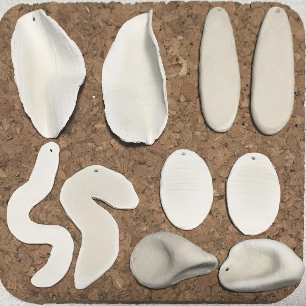 オーダーメイドでお好きなピアスつくります 軽くて着けやすい石塑粘土で、世界に一つのアクセサリーを!