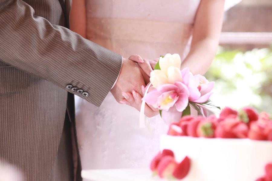 結婚式用動画編集承ります 世界に一つだけのオープニング動画で結婚式を最高なものに。