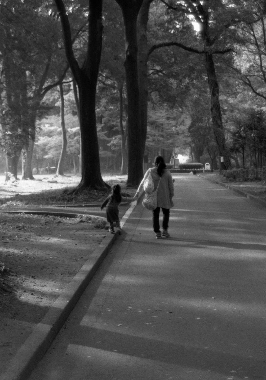 【お気に入りの風景・ポートレイトをモノクロ作品に!お好みの写真をモノクロ作品風に画像処理いたします】