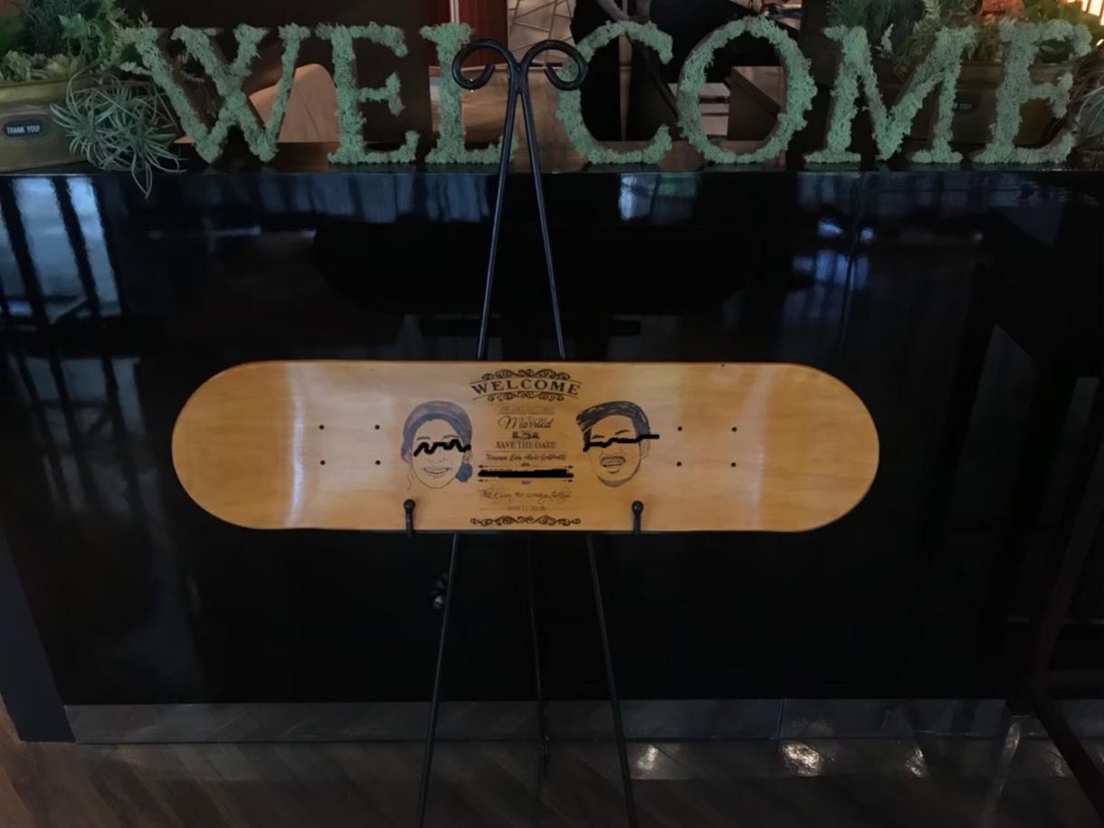 スケートデッキで◆ウェルカムボード◆作ります 似顔絵有無選択オプション。持ち込み似顔絵可、応相談。