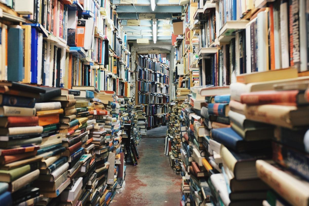 あなたにオススメの本お探します 本好きだけど、本屋大賞は読みたくないあなたへ