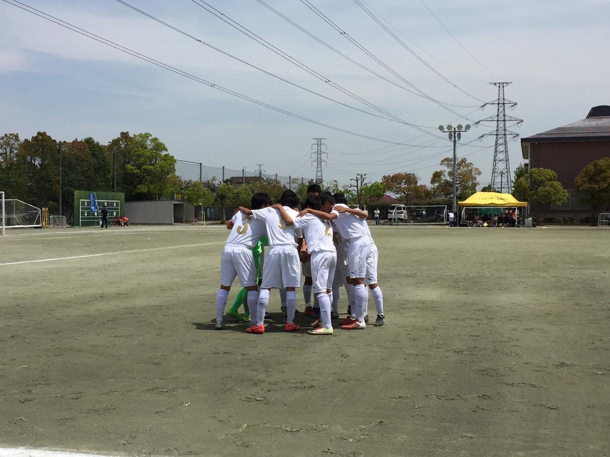 小学生のお子様にサッカーの基礎から教えます 高いレベルのサッカーを知ってます