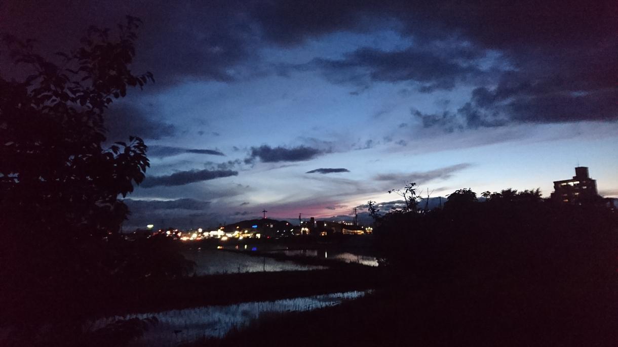 空や自然のお写真で、あなたの疲れた心を癒します 自然に癒されたいけれど、なかなか出掛けられないあなたへ!