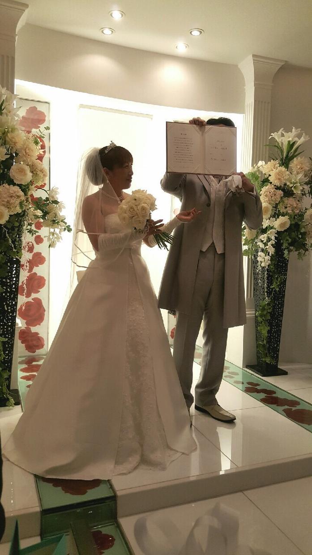 結婚式ムービー、家族の写真を映像アルバムに!!映像制作なんでもいたします!