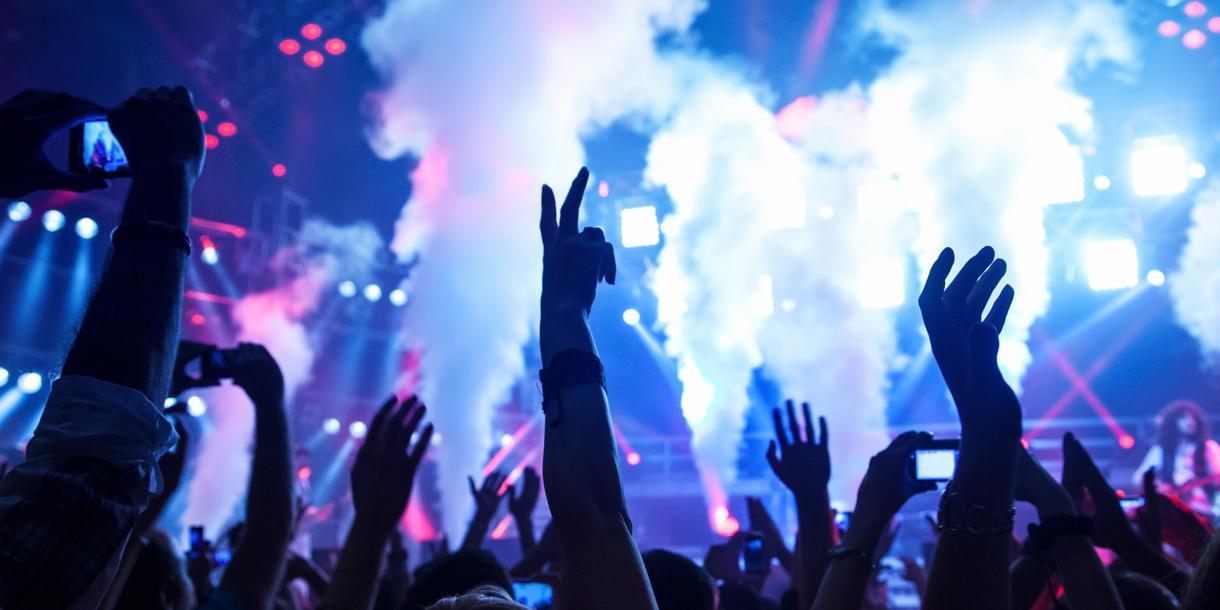 ダンスミュージック、Future Bass作ります 音楽は絶対必要です。クオリティの高い音楽を作ります。