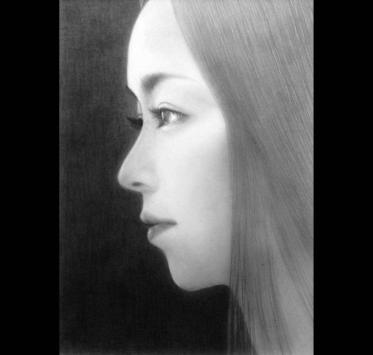 オーダーメイドで肖像画を描きます 写真から色鉛筆、鉛筆で似顔絵、イラストを製作