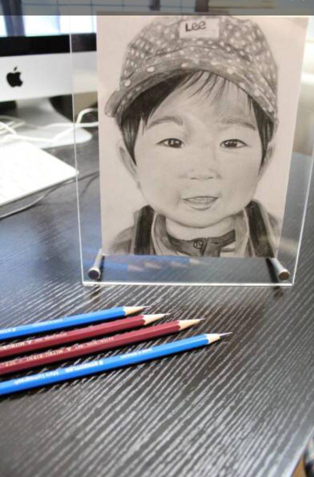 鉛筆でケント紙に似顔絵を描きます 鉛筆画 似顔絵 結婚記念日やプレゼント、誕生日に最適!