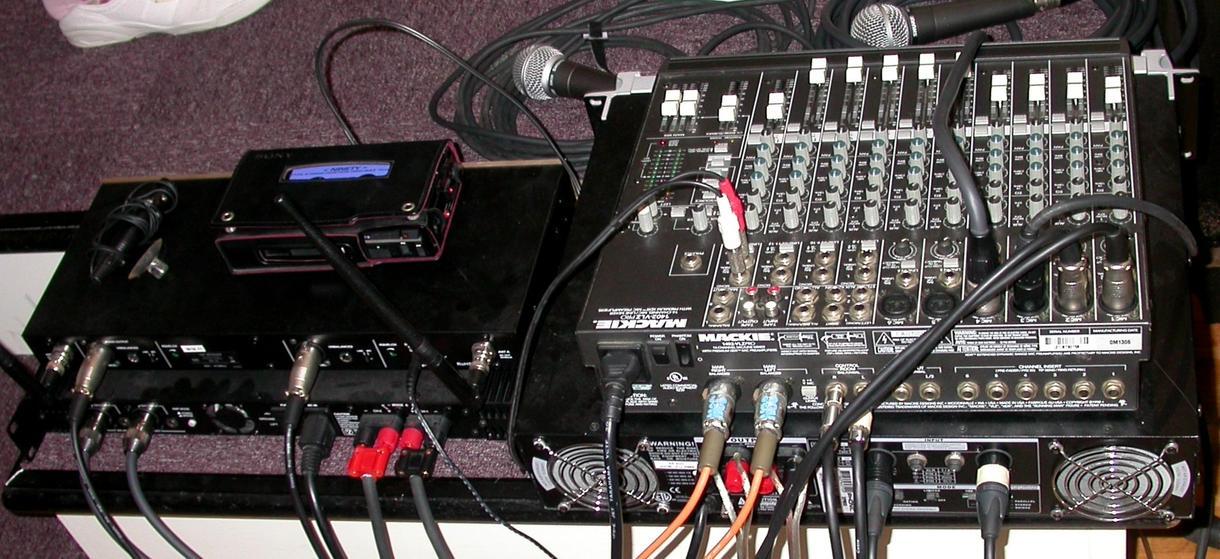 貴方のお部屋の電子楽器やAVを交通整理