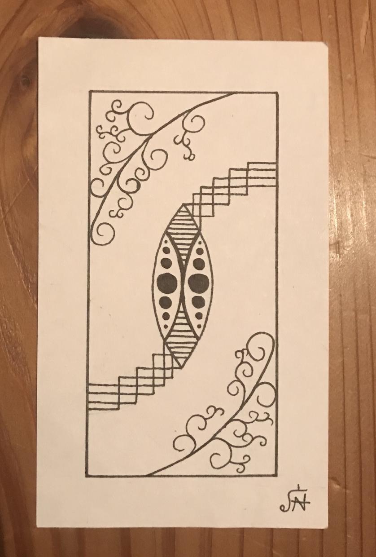 カードにデザインを描きます 模様や図形を利用したデザインになります