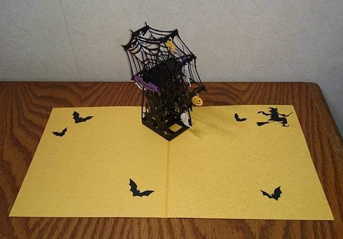 期間限定ハロウィーンポップアップカード作ります インテリアや贈り物として、手作りカードをいかがでしょうか。 イメージ1