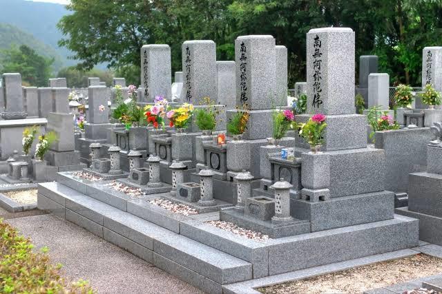 群馬県内のお墓参り代行をします!ます こころを込めて、丁寧に行います。 イメージ1