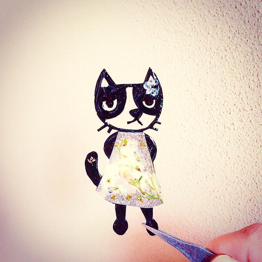 変顔ねこで名刺作成いたします 動物に関係するお仕事の方などいかがでしょうか。