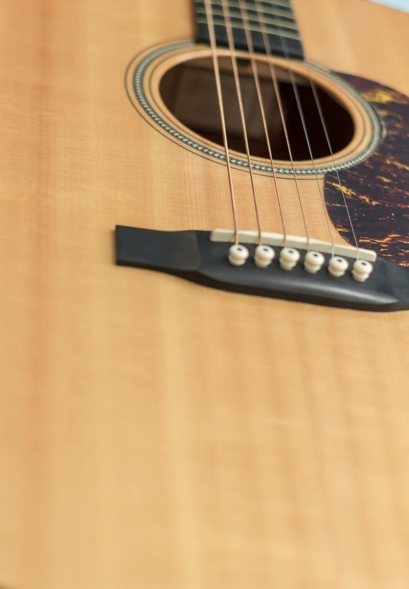 耳コピでコード譜を作成します ★迅速納品&ハイクオリティ!ギター・ピアノでの弾き語りに。