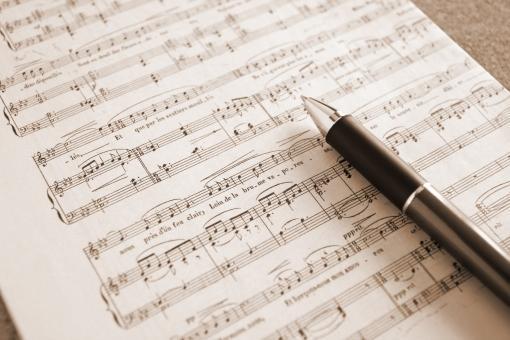 オリジナル楽曲作成、編曲、アレンジします あなたの要望通りに作曲、アレンジします。