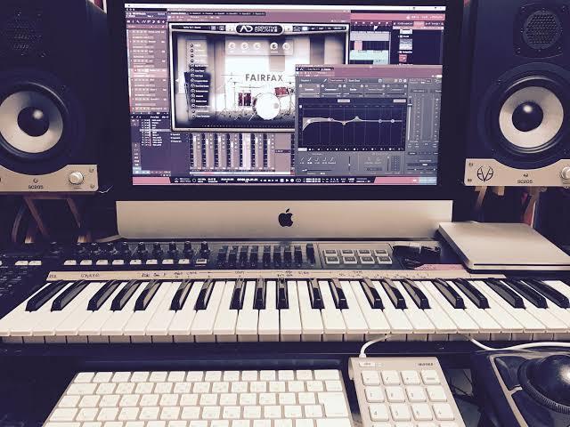 おおまかな作曲を致します メロディー作成、ボーカル抜きでの作成