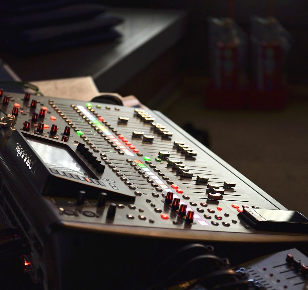 音源のミックス+マスタリングをいたします 明瞭会計追加費用無し!プロが楽曲の仕上げをトータルサポート! イメージ1