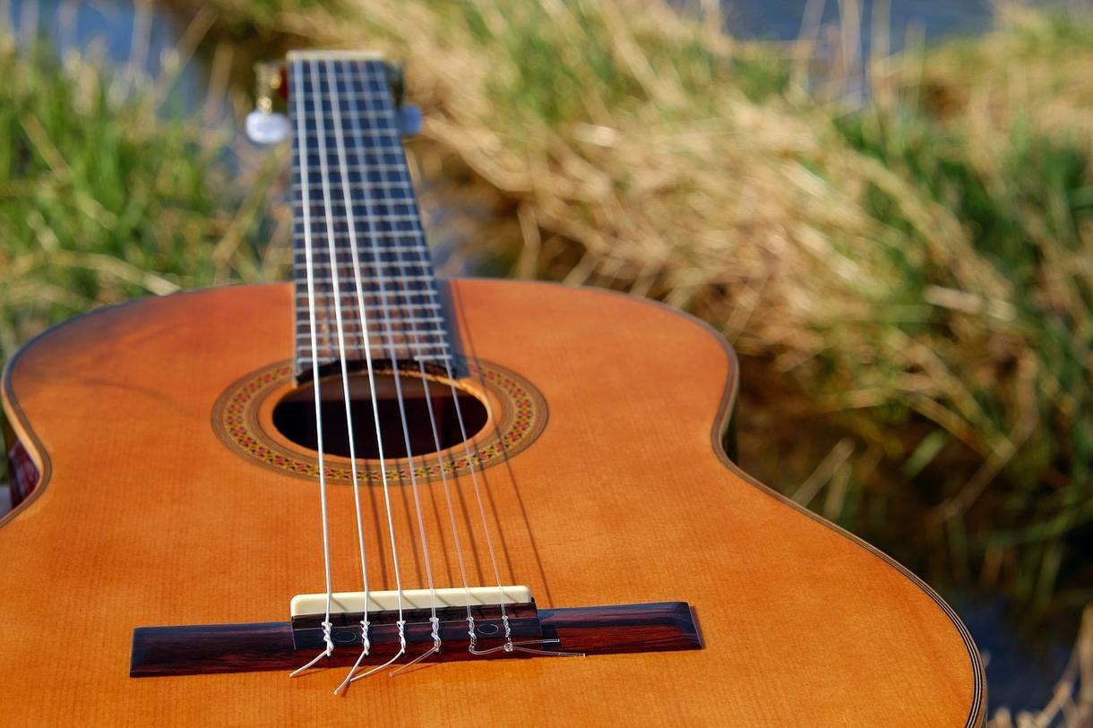 アコギの伴奏提供致します カバー楽曲、オリジナル問わず、アコギの伴奏を作ります! イメージ1