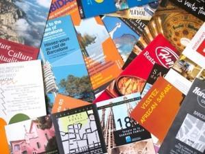 印刷物のデザインをします チラシやパンフレット、名刺、パッケージなどをデザインします