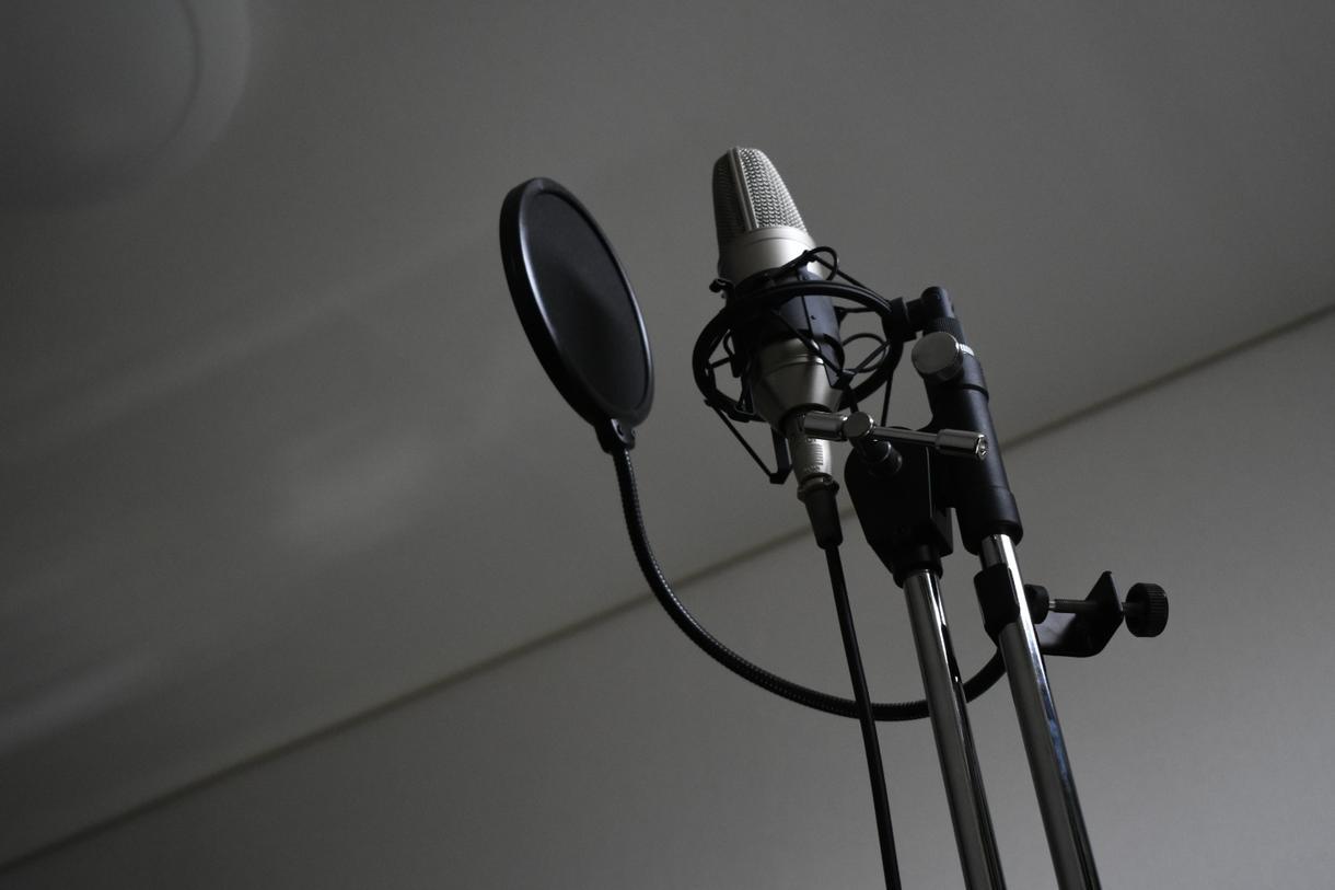 歌詞書きます 幅広いジャンルと富んだ表現力、かつシンプルに仕上げます!