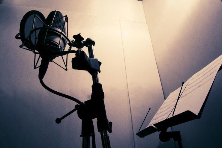ボーカルデータの補正をします リテイクやその他相談有りです!ボーカルMIXも可能です!