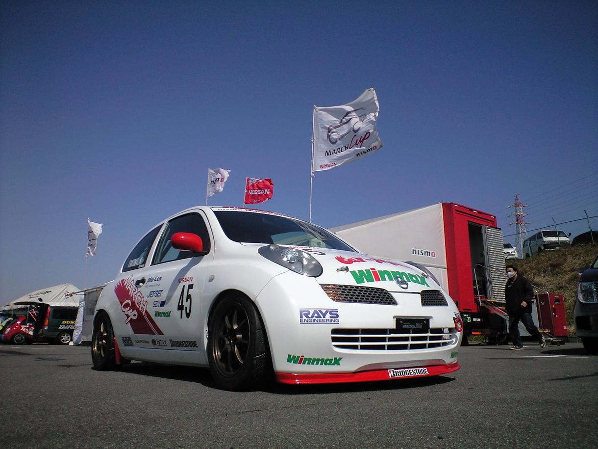モータースポーツのスキルを上げます やるなら優勝目指し、元レーシングドライバーが助けます